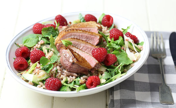 duck-raspberry-salad_xl